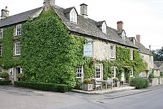 The New Inn at Coln